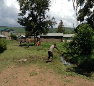 ditch -in fr-in village